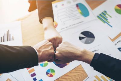 how to become a business advisor